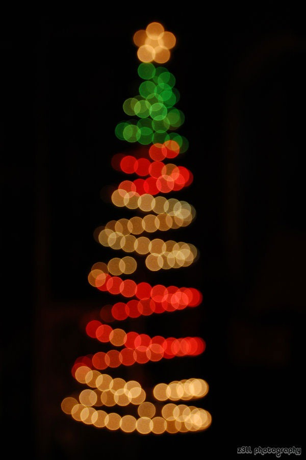 Bokeh_Christmas_Tree_by_z3LLLL